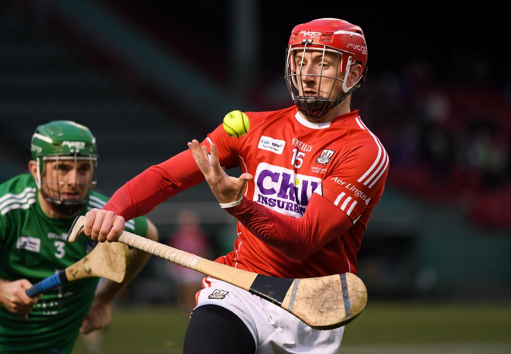 Patrick Horgan gets away from Richie English last night. Picture: Piaras Ó Mídheach/Sportsfile